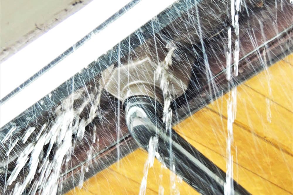 雨どい・板金イメージ